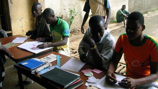 Photo d'un Atelier d'alphabétisation en Côte d'Ivoire - PRisonniers Sans Frontières